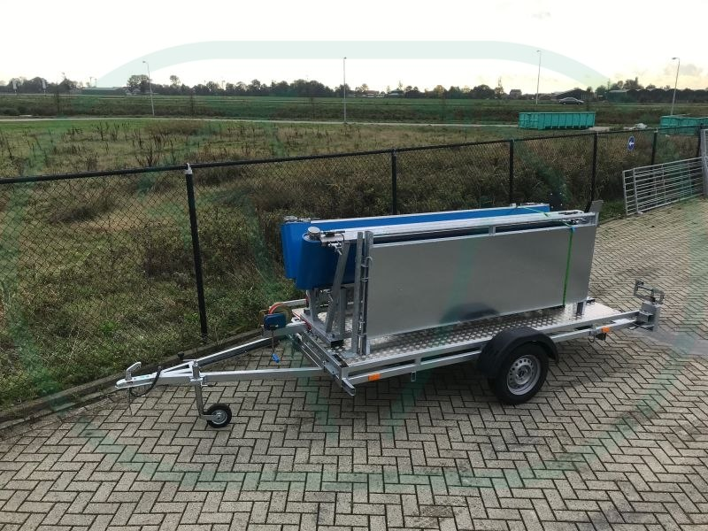 Ovibus 300.090 op trailer – zijkant rechts_03